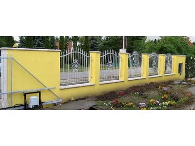 kovácsoltvas jellegű horganyzott kerítés
